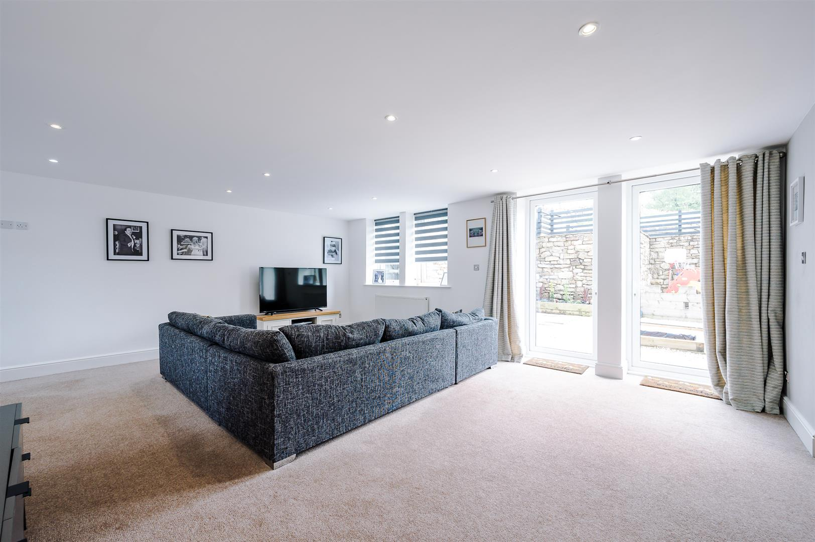 3 bedroom house For Sale in Bolton - DSC_5860.jpg.